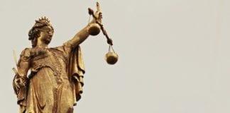ΚΥΣΕΑ: Νέα ηγεσία στη Στρατιωτική Δικαιοσύνη Δίκη υποβρυχίων Στρατιωτική Δικαιοσύνη: Σάλος από το νομοσχέδιο ΥΠΕΘΑ