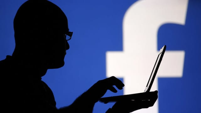Ψεύτικη σελίδα Facebook του υπουργού Άμυνας αναστατώνει την Κύπρο