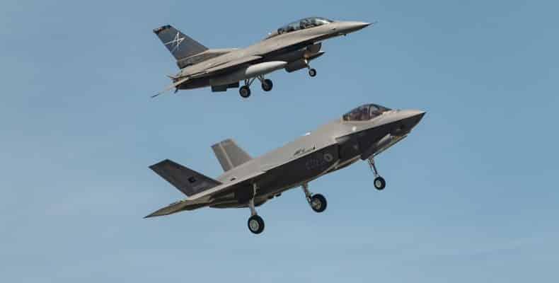 F-35 και Patriot: Νέα πρόταση-πακέτο ΗΠΑ σε Τουρκία Τουρκία: Παίρνει και S-400 και F-35 και Patriot - Έκλεισε το deal F-35: Εκπαίδευση τέλος για τους Τούρκους πιλότους στις ΗΠΑ τουρκικά F-35 s-400 patriot τουρκία