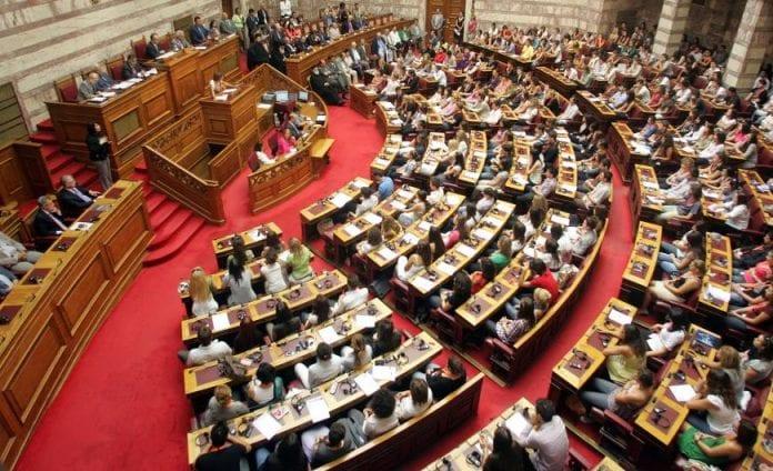 Στρατιωτικοί δικαστές εγκαλούν ΥΕΘΑ Νίκο Παναγιωτόπουλο για απραξία