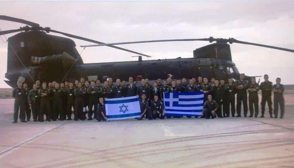 Ελλάδα - Κύπρος - Ισραήλ: Απίθανες Photos από άσκηση με Ελικόπτερα
