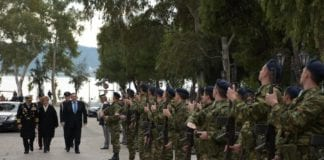 Γιορτή Πυροβολικού: Ο ΥΕΘΑ στη σχολή Πυροβολικού στη Νέα Πέραμο