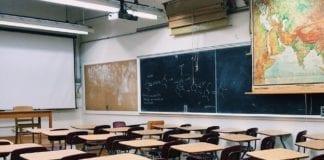 Κλειστά σχολεία αύριο 3/3 Αθήνα Θεσσαλονίκη ΕΠΑΛ: Θρήσκευμα - Ιθαγένεια καταργούνται από τα απολυτήρια Υπουργείο Παιδείας: Σε ποια μαθήματα μειώνεται η ύλη Απεργία δασκάλων αδεδυ 17 Ιανουαρίου Κλειστά σχολεία στην Αττική, την θεσσαλονίκη και σε όλη Ελλάδα - 8 Ιανουαρίου - Ο κατάλογος με τα κλειστά σχολεία Τηλέμαχος