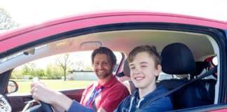 Δίπλωμα οδήγησης: 17χρονοι οδηγοί - Προϋποθέσεις για οδήγηση στα 17