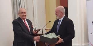 Ο ΣΕΚΠΥ τίμησε τον ΓΔΑΕΕ Ναύαρχο Κυριάκο Κυριακίδη και τίμησε το έρτγο του ως επικεφαλής της Γενικής Διεύθυνσης Εξοπλισμών
