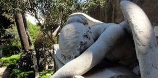 Νεκρός ΕΠΟΠ Επιλοχίας με κυνηγετικό όπλο δίπλα του - Θρήνος
