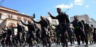 Προκήρυξη ΟΒΑ 50 νέες θέσεις για το Πολεμικό Ναυτικό στα ΟΥΚ Πολεμικό Ναυτικό: 2 Βατραχάνθρωποι τραυματίστηκαν ελαφρά κατά τη διάρκεια εκπαίδευσης - Μεταφέρονται προληπτικά στο ΝΝΑ 25η Μαρτίου - Παρέλαση: Κινητοποίηση με το «Μακεδονία Ξακουστή»