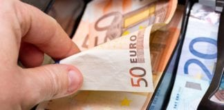 Επίδομα 800 ευρώ: Πότε μπαίνει (Πίνακας) Αναδρομικά συντάξεων 2020: Ποιοι θα πάρουν έως €1.800 Τελευταία νέα Συντάξεις Σεπτεμβρίου ΙΚΑ-ΕΦΚΑ-ΟΑΕΕ-ΟΓΑ-ΝΑΤ-Δημοσίου Πληρωμή Συντάξεις Αυγούστου 2019 σε ΟΑΕΕ-ΙΚΑ-ΕΦΚΑ-ΟΓΑ ΚΕΑ Ιουλίου 2019 Κοινωνικό μέρισμα 2019: Ποσά & δικαιούχοι - koinoniko merisma 2019 Επίδομα ενοικίου 2019: ΠΡΟΣΟΧΗ στην προθεσμία για τα αναδρομικά