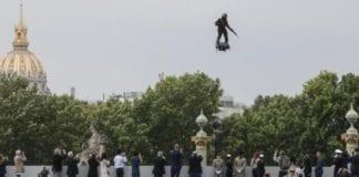 14η Ιουλίου - παρέλαση: Πρόβα ιπτάμενης αστυνόμευσης με flyboard