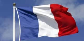 Κορονοϊός 2020: Στην εντατική Γάλλος πολιτικός Γαλλία: Διακόπτει τις εξαγωγές όπλων στην Τουρκία