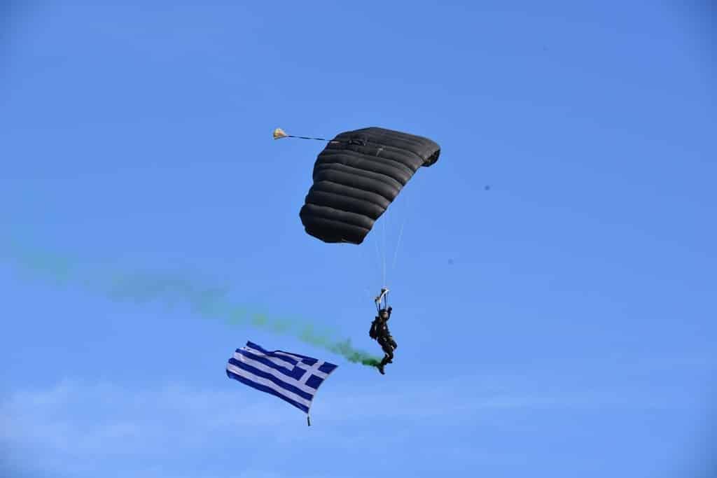 Ένοπλες Δυνάμεις Η νέα στρατιωτική επανάσταση και η ελληνική αμυντική στρατηγική Μάχιμη 5ετία και διπλές κρατήσεις - Θα εφαρμόσει ο ΥΕΘΑ τους νόμους;