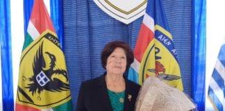 Αρχηγός ΓΕΣ: Η συγκίνηση της μητέρας στην Σχολή Ευελίδων