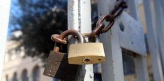 Ανοίγουν οι εκκλησίες - Δημοτικά κλειστά Γρίφος τα Πανεπιστήμια Σχολεία Κλειστά μέχρι τις 10 Μαϊου: Η απόφαση Κορονοϊός: Πότε ανοίγουν τα σχολεία -Νέα παράταση
