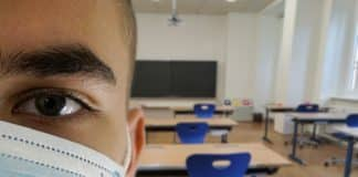 Σχολεία: Τι ώρα ανοίγουν τη Δευτέρα 14/9 - Αντιδρά η ΟΛΜΕ