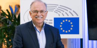 Παπαδημούλης σε Σαρλ Μισέλ: Σταματήστε να χαϊδεύετε τον Ερντογάν Παπαδημούλης: «Πλατωνική» η αλληλεγγύη της ΕΕ προς Ελλάδα - Κύπρο