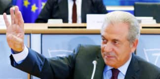 Novartis: Στον Άρειο Πάγο καταθέτει σήμερα ο Δημήτρης Αβραμόπουλος