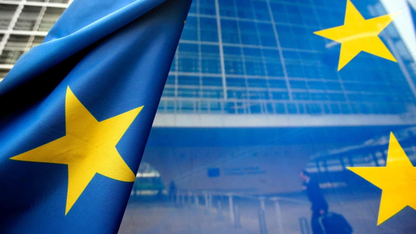 Έρευνα ECFR: Πολλοί πολίτες της ΕΕ βλέπουν την Τουρκία ως εχθρό Κυρώσεις κατά της Τουρκίας: Ώρα να περάσουν από τα λόγια σε πράξεις