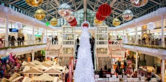 Χριστουγεννιάτικο ωράριο καταστημάτων Τι κωδικό sms στέλνω στο 13033 για τα εποχικά καταστήματα που ανοίγουν σήμερα 7 Δεκεμβρίου