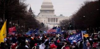 ΗΠΑ: Εισβολή οπαδών Τραμπ στο Καπιτώλιο Απαγόρευση Κυκλοφορίας