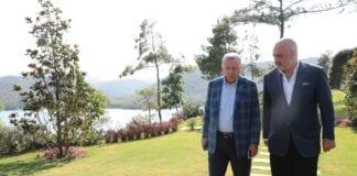 Ο ανησυχητικός εκτουρκισμός της Αλβανίας