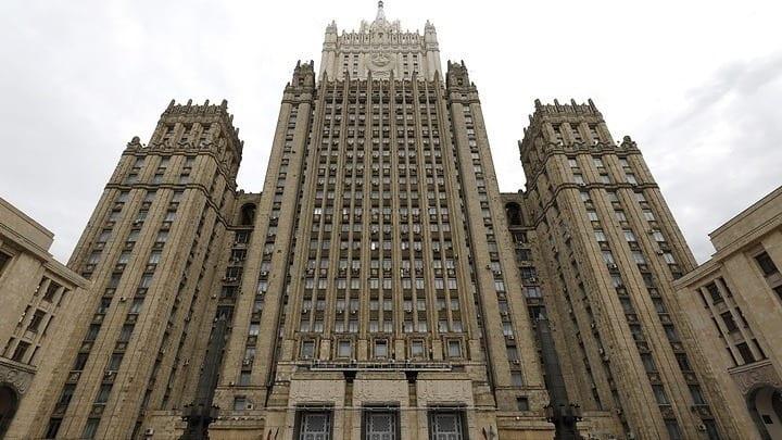 «Στα κάγκελα» Ρωσία - Αλβανία: Απελάσεις διπλωματών εκατέρωθεν