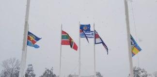 Χιόνια στο υπουργείο Εθνικής Άμυνας - Εντυπωσιακές ΦΩΤΟ από τον περίβολο του κτιρίου ντυμένο στα λευκά από την επέλαση της Μήδειας