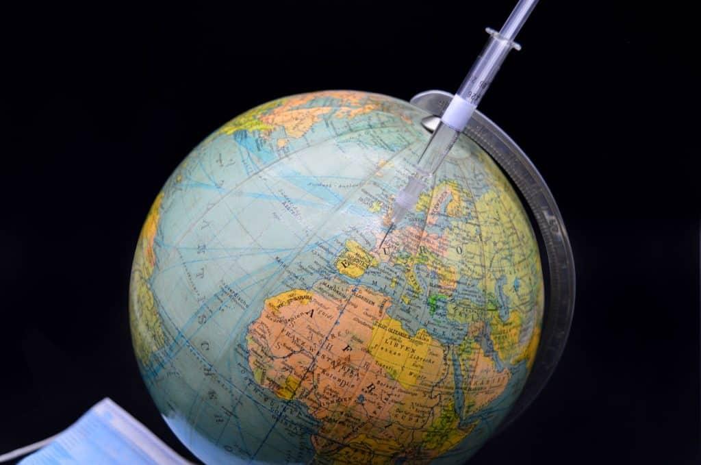 Υποχρεωτικός εμβολιασμός: Ποιοι εξαιρούνται - νόμος 4820/2021