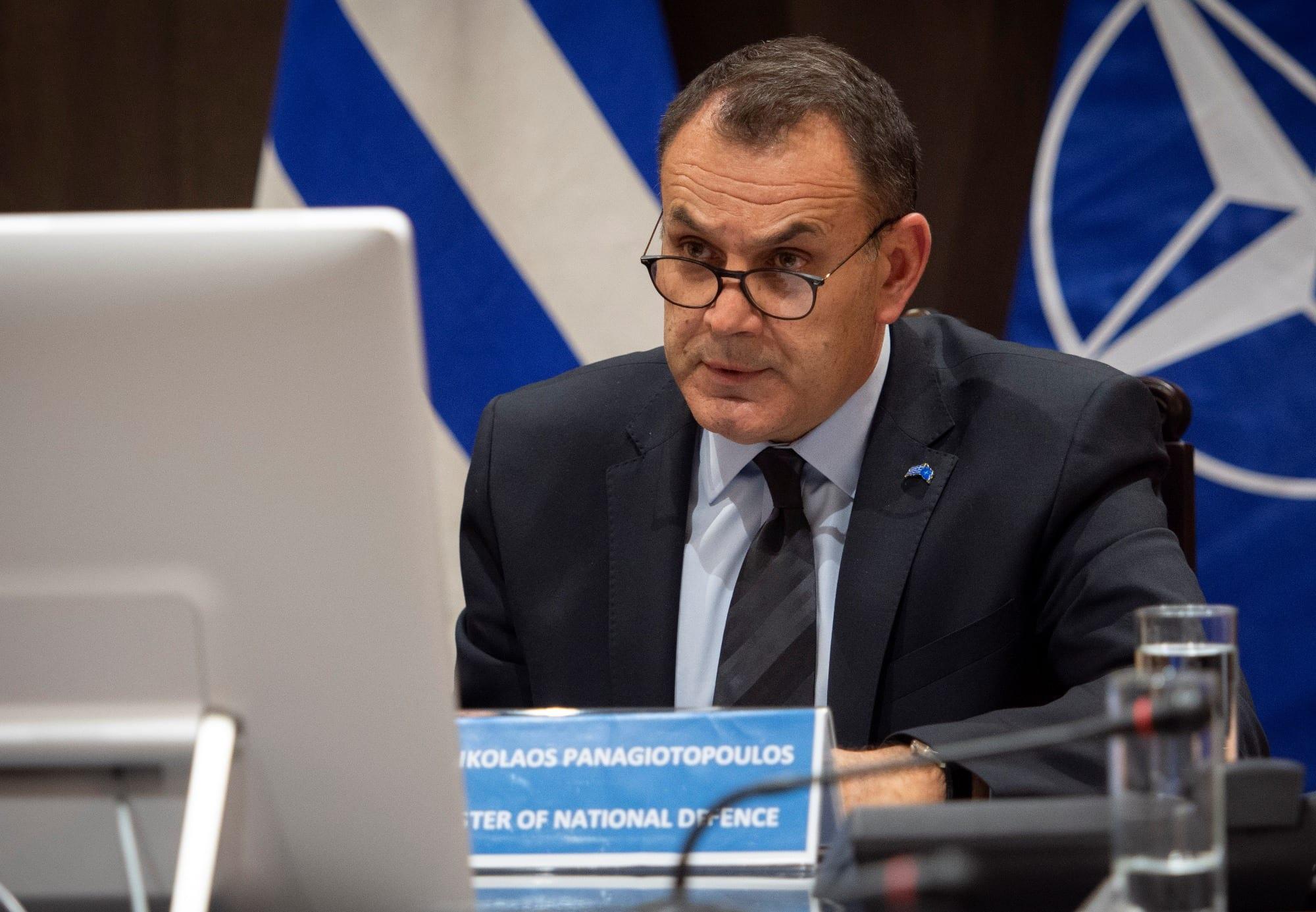 Ο υπουργός Εθνικής Άμυνας παίρνει θέση για τα Μ1117 και τη ΓΔΑΕΕ - Τι απαντά επισήμως στην Βουλή για τις καθυστερήσεις που έχουν σημειωθεί