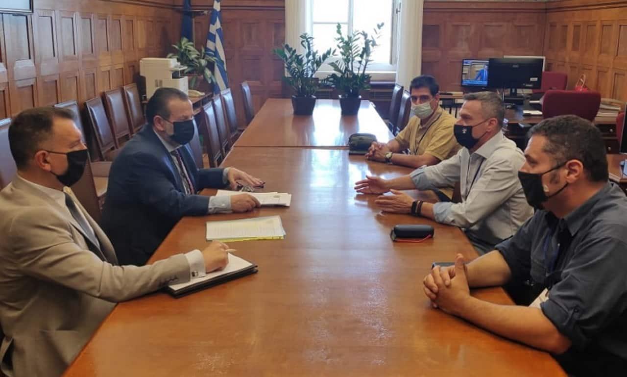 πομενσ Η ΠΟΕΣ έθεσε τα θέματα των στρατιωτικών στο ΚΙΝΑΛ - Συναντήθηκε με τον υπεύθυνο του τομέα άμυνας του Κινήματος Αλλαγής