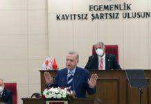 Στο νησί υπάρχουν δύο κράτη και δύο λαοί, διεμήνυσε ο Ταγίπ Ερντογάν από τα Κατεχόμενα, δηλώνοντας ότι στηρίζει τις προτάσεις Τατάρ